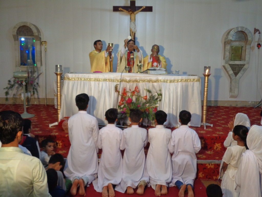 confirmation sacrament From the dawn of christian history, baptism and confirmation have been very closely associated to this day, catholics belonging to the eastern rite r.
