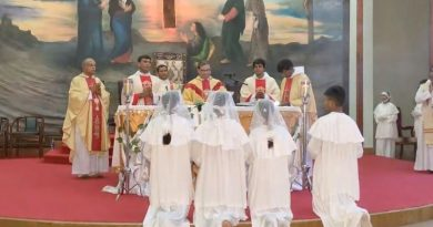 Two new priest ordain at St. Phillips Parish, Archdiocese of Karachi